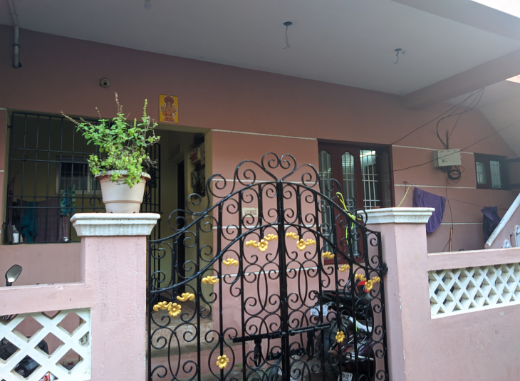 4 BHK House for sale in Kolathur