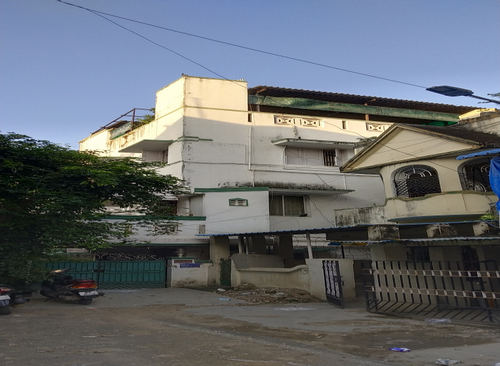BHK House for sale in Virugambakkam