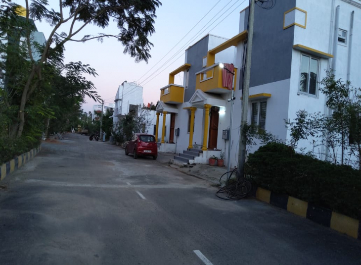 1 BHK House for sale in Poonamallee