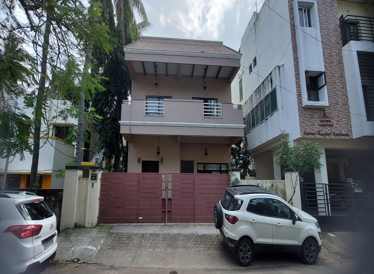 5 BHK House for sale in Thiruvanmiyur