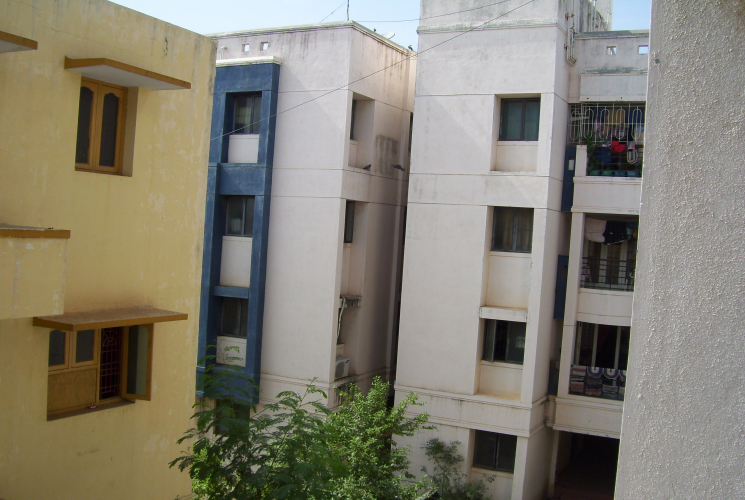 2 BHK flat for sale in Thirumullaivoyal