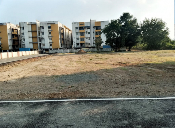 Land for sale in Ayanambakkam